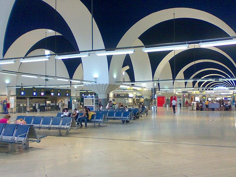 Distância do aeroporto de Sevilha para o centro