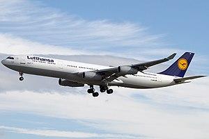 Airbus A340-311, Lufthansa AN1936774.jpg