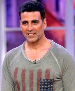 AkshayKumar promoting his film 'Gabbar Is Back'.jpg