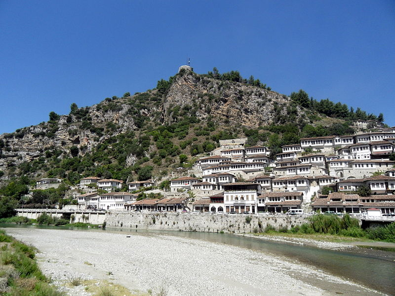 Plik:Albania, Berat 4.jpg