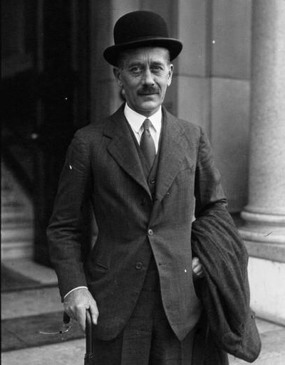 Alexander Cadogan Net Worth