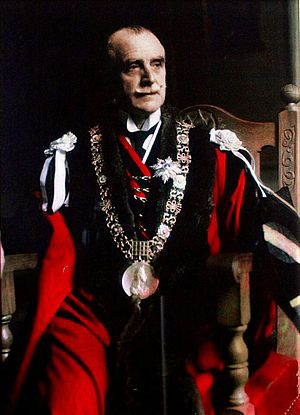 Alfie Byrne - Byrne in his mayoral robes