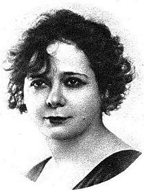 Amalia Sánchez Ariño.JPG
