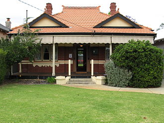 Anzac Cottage - Image: Anzac Cottage, front