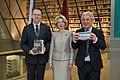 Apvienotās Karalistes parlamenta Pārstāvju palātas priekšsēdētāja oficiālā vizīte Latvijā (25391951717).jpg