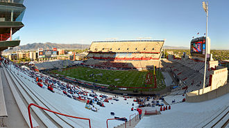 Arizona Stadium - Image: Arizona Stadium Wide Angle