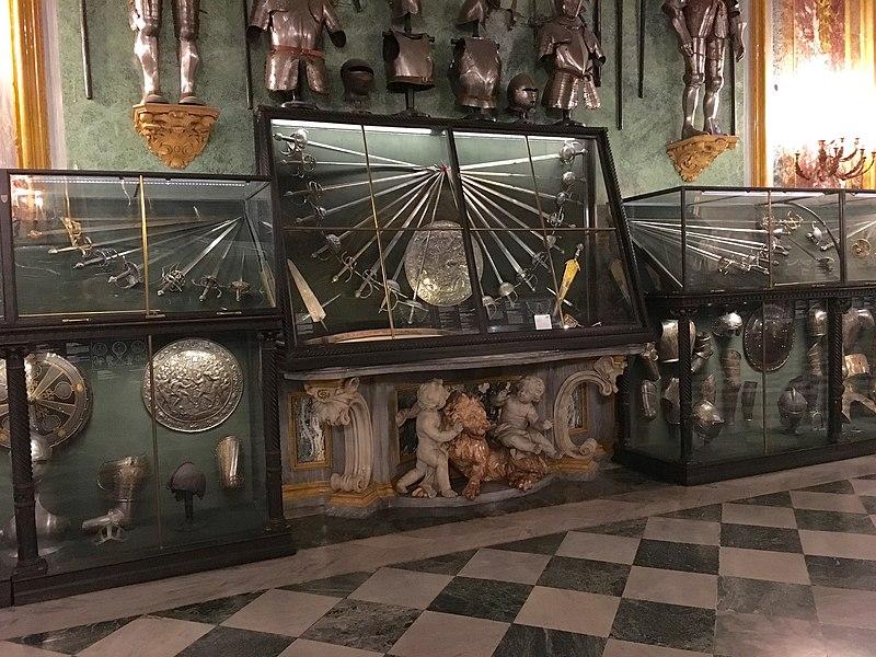Armeria palazzo reale Torino 12.jpg