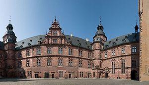 Schloss Johannisburg - Inner courtyard