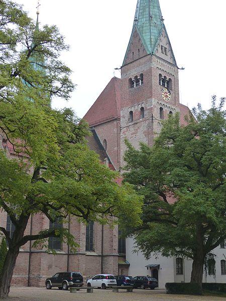 File:Augsburger Dom Türme von SW828.JPG