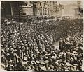 Australian and New Zealand soldiers marching to Westminster Abbey to commemorate the first Anzac Day, London, 25 April 1916 (16798510390).jpg