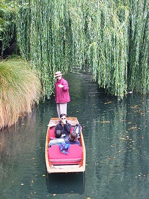 Avon River (Canterbury) - Punting on the Avon River