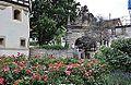Bad Urach Schlossgarten und Torbogen.jpg