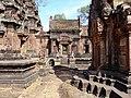 Banteay Srei 40.jpg