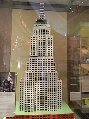 Bayko - Bayko model of the Empire State Building in the Museum of Liverpool, built by Leo Janssen, 1999–2003.