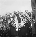 Begrafenis Oud-Minister Aalbesse, Bestanddeelnr 902-8335.jpg