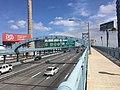Benjamin Franklin Bridge EB leaving Philadelphia 2.jpeg