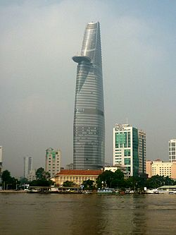 Bitexco Financial Tower in morning sunlight.jpg