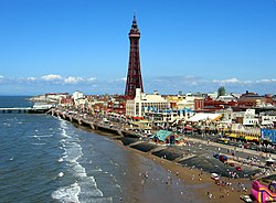 Blackpool Tower og stranda
