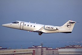 Bombardier Learjet 55, Alpi Eagles JP6204594.jpg