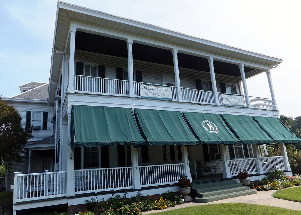 Bed Breakfast At Historic Page House Inn