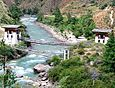Bridge in Bhutan, Paro Chhu river2.jpg