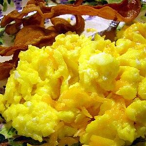 English: Breakfast for dinner