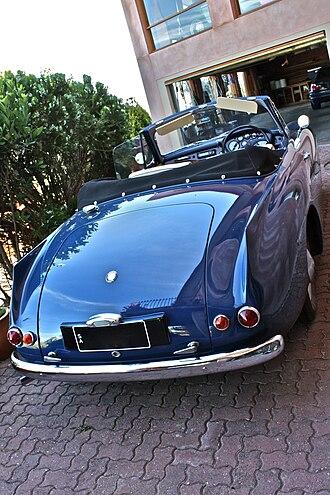 E. D. Abbott Ltd - Bristol 405 drophead coupé