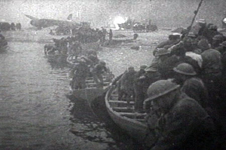 British troops lifeboat dunkerque.png