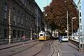 Budapest tram 9 bij Donau.jpg