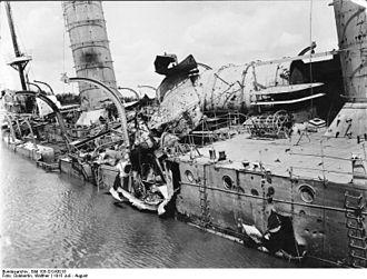 Battle of Rufiji Delta - Battle damage to Königsberg.