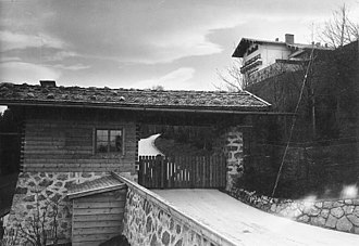 Berghof (residence) - Image: Bundesarchiv Bild 183 1999 0412 502, Obersalzberg, Berghof von Adolf Hitler
