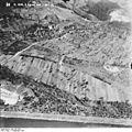 Bundesarchiv Bild 195-2328, Rheinbefliegung, Istein.jpg