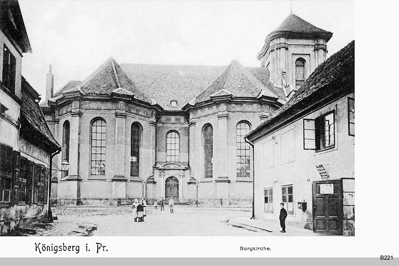 De Burgkirche voor de verwoesting