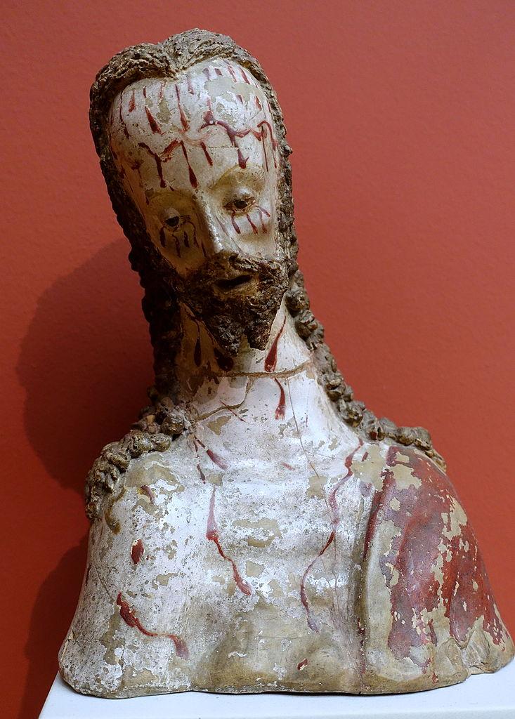 Buste en argile de Jésus un peu mal en point (Espagne, vers 1550).