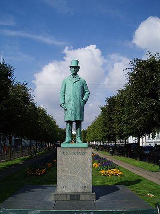Carl Frederik Tietgen - Statue of Tietgen at Sankt Annæ Plads in Copenhagen