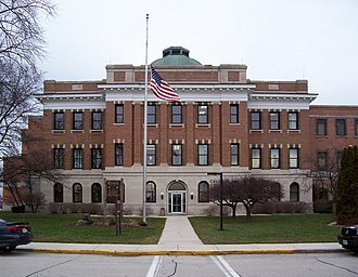 Calumet County Courthouse - Image: Calumet County Wisconsin Courthouse