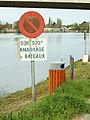 Cannes-Ecluse-FR-77-panneau & poubelle fluviale-01.jpg