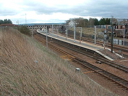 How to get to Carstairs railway station with public transport- About the place