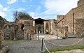 Casa della fontana grande, con una fontana del I secolo dc. 01.jpg