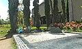 Cementerio monte sacro escobar family tomb 02.jpg