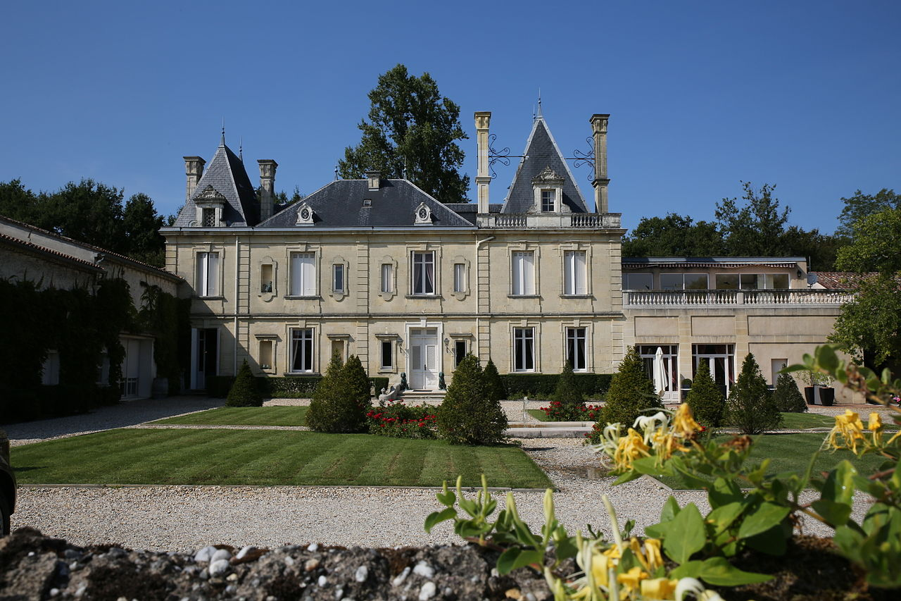 Château de Meyre.jpg