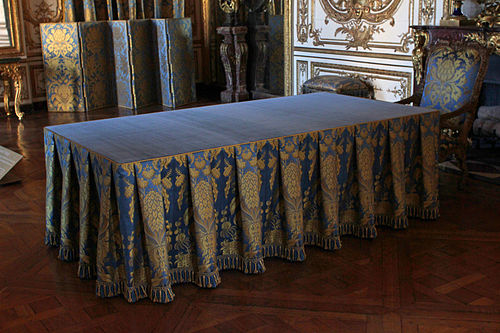 Vue de la table du cabinet du conseil - Cabinet de conseil conduite du changement ...