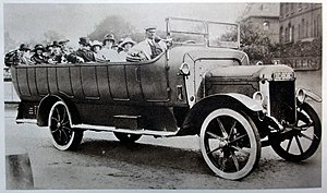 Charabanc - Motorised charabanc, early 1920s.