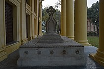Charlotte Canning Memorial - St John's Church - Kolkata - DSC 3895.jpg
