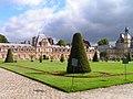 Chateau de Fontainebleau-Exterior002.jpg