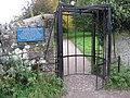 Chatsworth Park - The Cannon Kissing Gate - geograph.org.uk - 1006107.jpg
