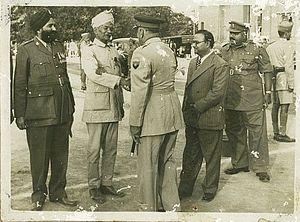 Chatta Singh - Chatta Singh VC, 9th Bhopal Infantry, meeting Army Chief Rajendrasinhji Jadeja in 1953