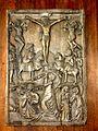 Chennevières-lès-Louvres (95), église Saint-Leu-Saint-Gilles, banc d'œuvre, bas-relief - Crucifixion.JPG