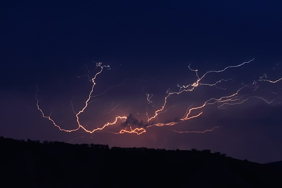 Cloud to cloud lightning strike