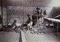 Collectie NMvWereldculturen, 7014-1-24, Foto, 'Smederij op de eerste nijverheidstentoonstelling in Yogyakarta', fotograaf onbekend, 1925.jpg
